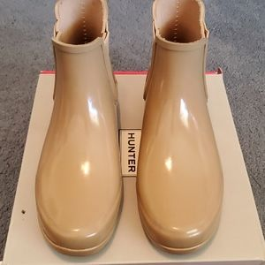 Tan Hunter Chelsea Boots